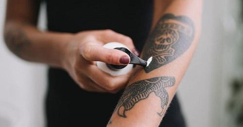 Moisturizing-Tattoo