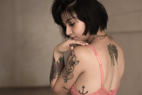 woman-with-tattoo