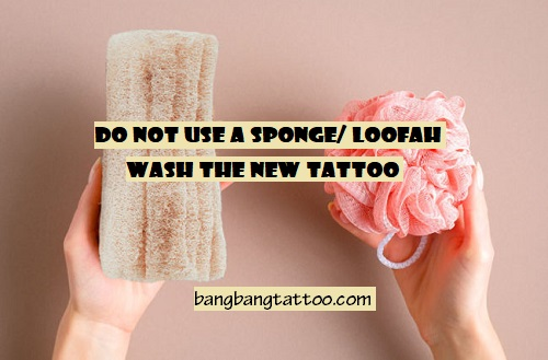 Do-Not-Use-A-Sponge-and-Loofah-To-Wash-The-Tattoo